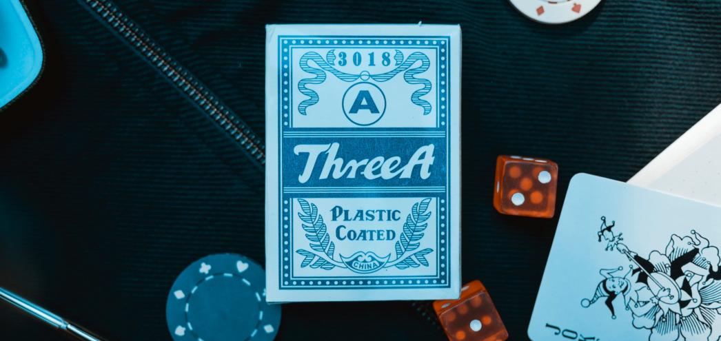 varustellun Lähetäkuva Kirjoita 4Tapaajoillakasinotvalitsevatpelikorttinsa Korttienerityispiirteet - 4 Tapaa, joilla kasinot valitsevat pelikorttinsa