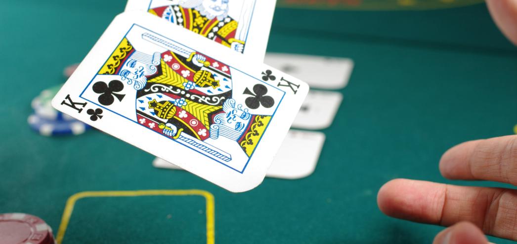 varustellun Lähetäkuva Kirjoita 4Tapaajoillakasinotvalitsevatpelikorttinsa Kustomointi - 4 Tapaa, joilla kasinot valitsevat pelikorttinsa