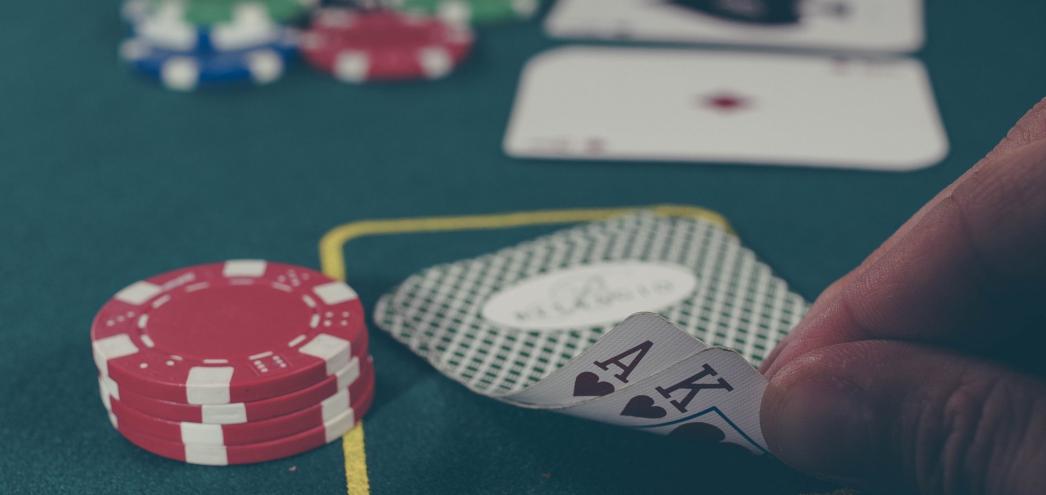 varustellun Lähetäkuva Kirjoita 4Tapaajoillakasinotvalitsevatpelikorttinsa Turvallisuus - 4 Tapaa, joilla kasinot valitsevat pelikorttinsa